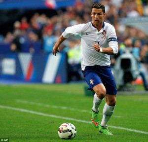 1413284425442_Image_galleryImage_Portugal_s_Cristiano_Rona