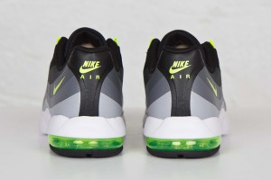 Nike-Air-Max-95-Ultra-Black-Volt-04